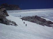 Discesa dal ghiacciaio, passando per l'estremita' ancora nevosa