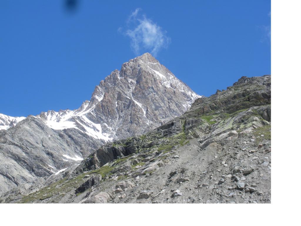 Lo Schreckhorn dall'Ober Eschmeer
