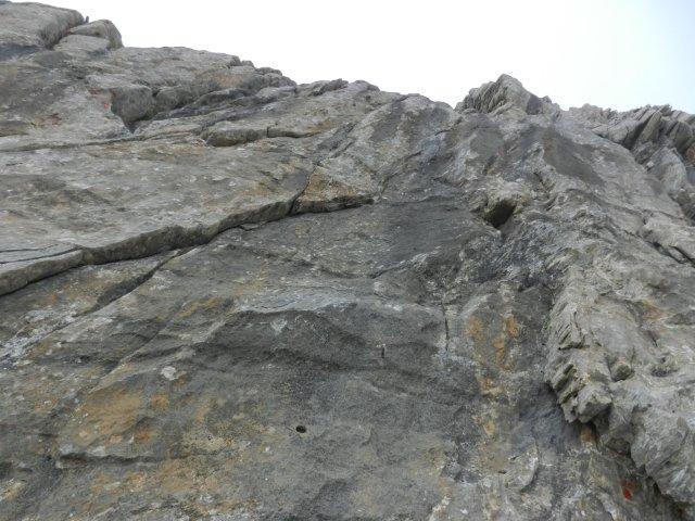 L'inizio verticale dell' ultimo tiro sulla parete sud