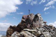 la croce della cima centrale dell'Aver
