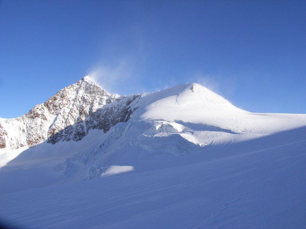 vento impetuoso sulla cresta del Lyskamm