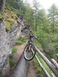 13 - ...acrobazie finali prima del bellissimo percorso ciclabile verso Champillon