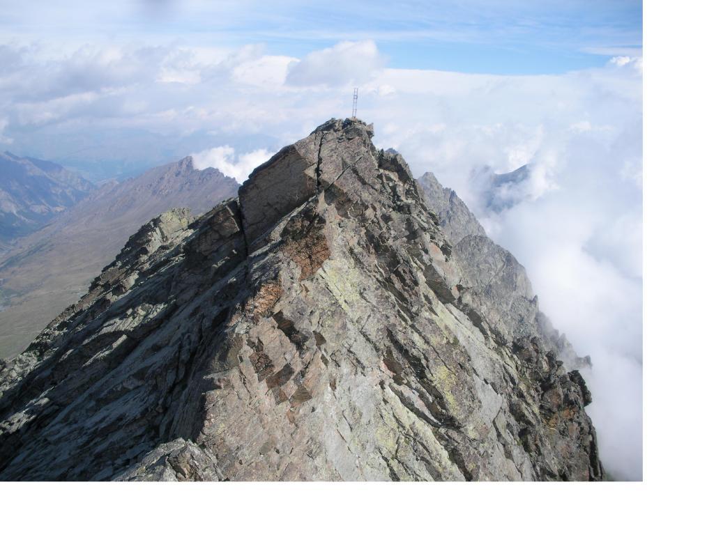 La P.Gastaldi dalla cima sud detta anche Punta Due Dita.