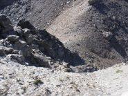 13 - il primo tratto di salita in cresta dal Colle dell'Agnello nord verso la Rocca d'Ambin, si seguono cengie e detriti dove più stabili, complicato in caso di nebbia.