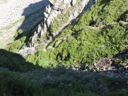 la frana sul sentiero prima del lago Superiore