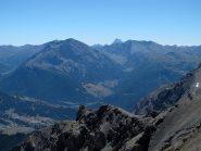 La Val di Thures e in fondo sbuca il Monviso