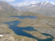 panorama con il granparadiso e i laghi