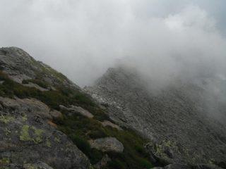 la cresta sud di salita vista dalla cima