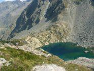 misconosciuto lago blu a pochi metri dal bivio per il Pagarì