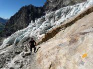 I resti sempre più scarni del ghiacciaio