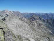 Alta Valle Calneggia a sx il Basodino e al centro il Pizzo Sologna