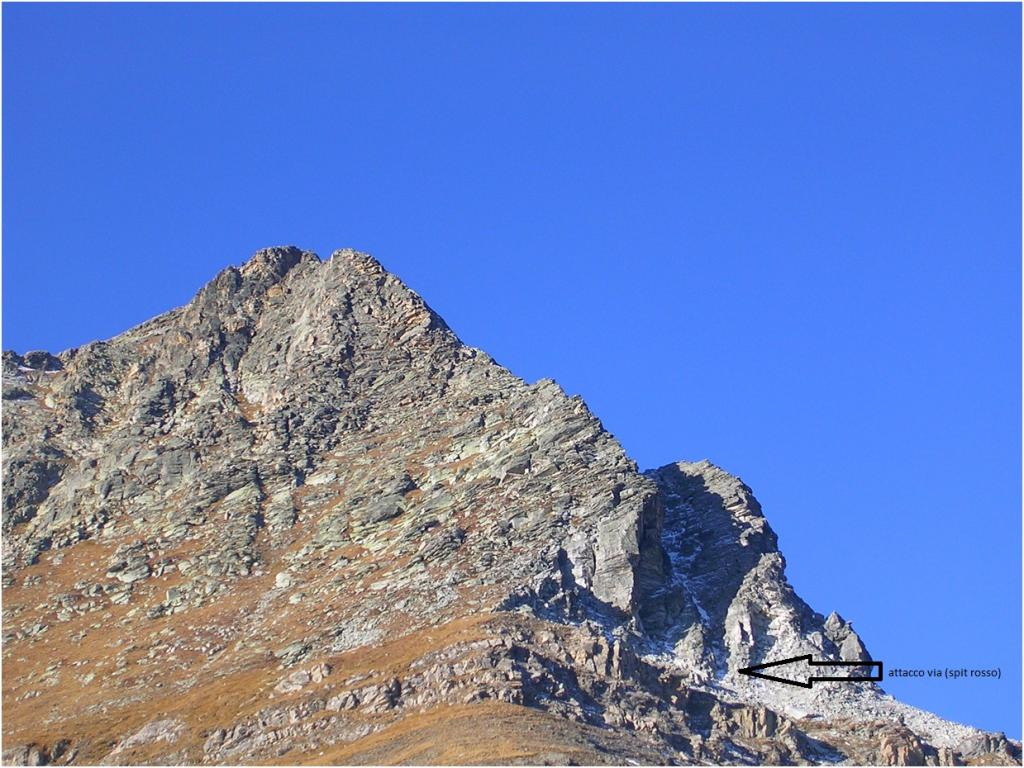 attacco della via (foto presa da cuneo climbing)