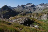 Dagli alpeggi di Crotti, Tormotta e tutta la cresta dal Lancebranlette al Miravidi