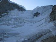 Il traverso che raggiunge la traccia di salita dal Chabod sul Laveciau
