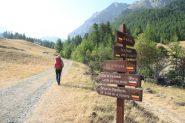 primi cartelli segnaletici nel Vallon Riou de Fouillouse (21-8-2012)
