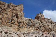 alcuni torrioni sulla sinistra del canale a quota 2820 m. (21-8-2012)