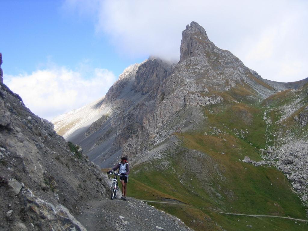 dal col des Rochilles al col des Cerces 2410 m.