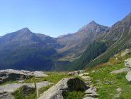 Sullo sfondo l'Alpe Lendine