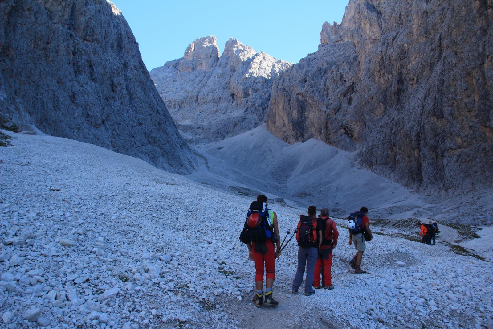 eccoci all'inizio della Val Salieres (8-9-2012)