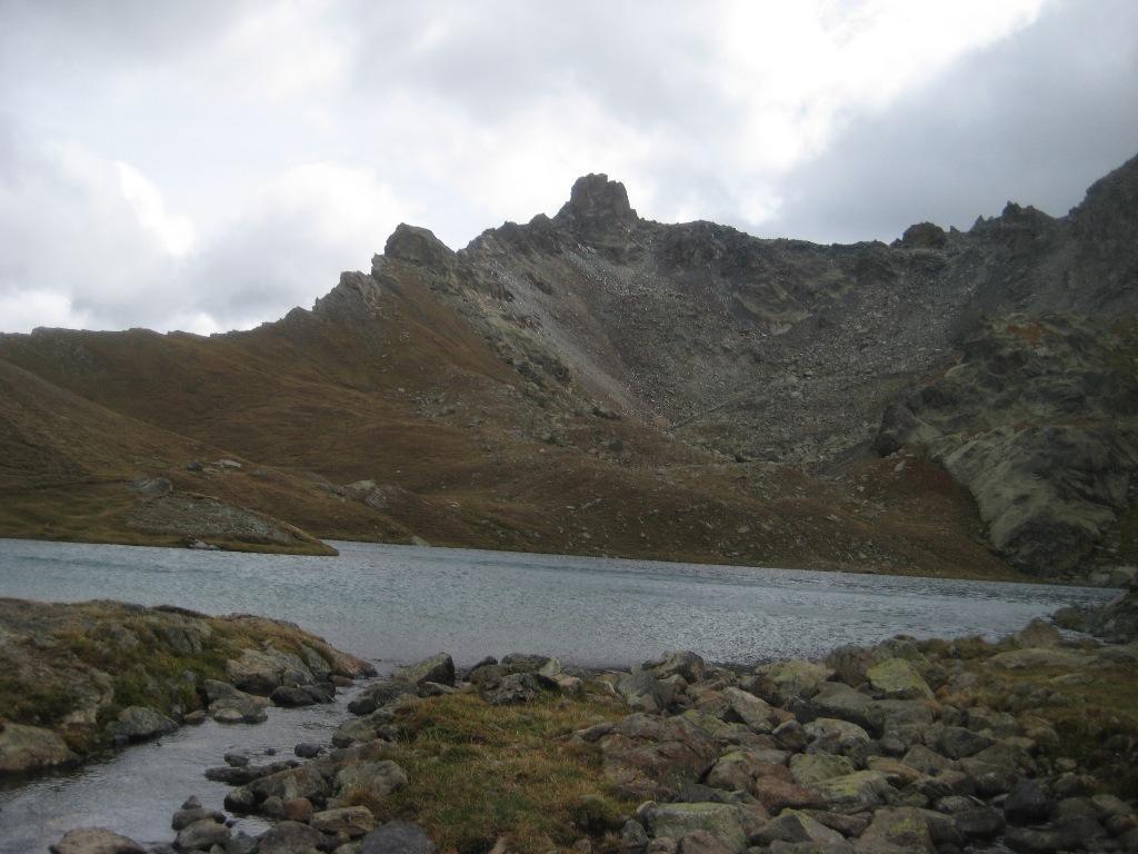 Lago nero e Tour Real