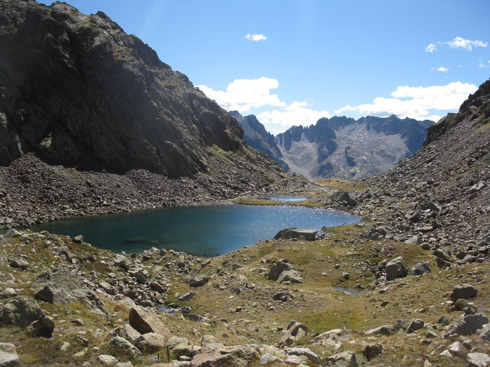 I bellissimi laghi sotto il colletto la Paur