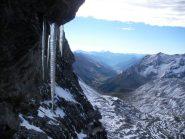 Acceno d'inverno nel Vallon de Roche Noir..piccoli sullo sfondo il Monviso con alla sua dx il Pic de Rochebrune.