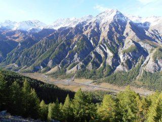04 - partenza da Bessen Haut, magnifica vista sulla Valle Argentera