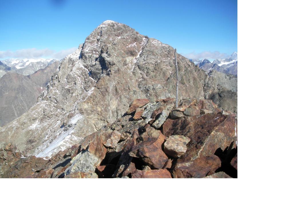 La Becca di Luseney dalla cima nord della Becca d'Arbiere