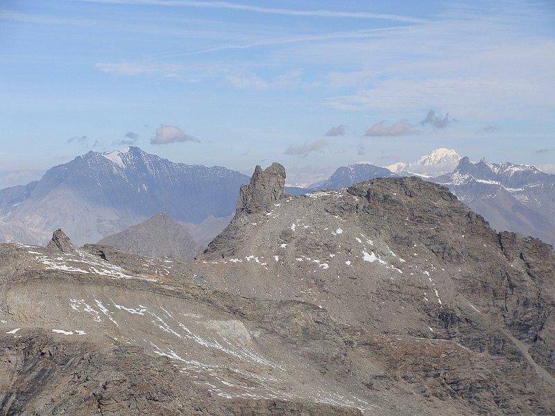 zoom verso il monte bianco
