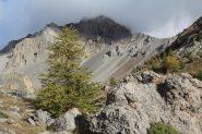 il pianoro di quota 2275 m. nel Vallon des Houerts e il Pic de Panestrel (7-10-2012)
