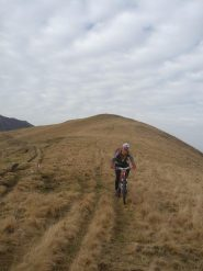 discesa dal Monte Chialmo