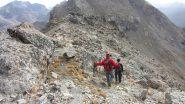 riprendiamo la salita in cresta verso la Tete de Courbe, con un tratto il leggera discesa (21-10-2012)