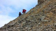 Enrico e Claudio salgono il ripido versante NO della Tete dell'Eyssiloun (21-10-2012)