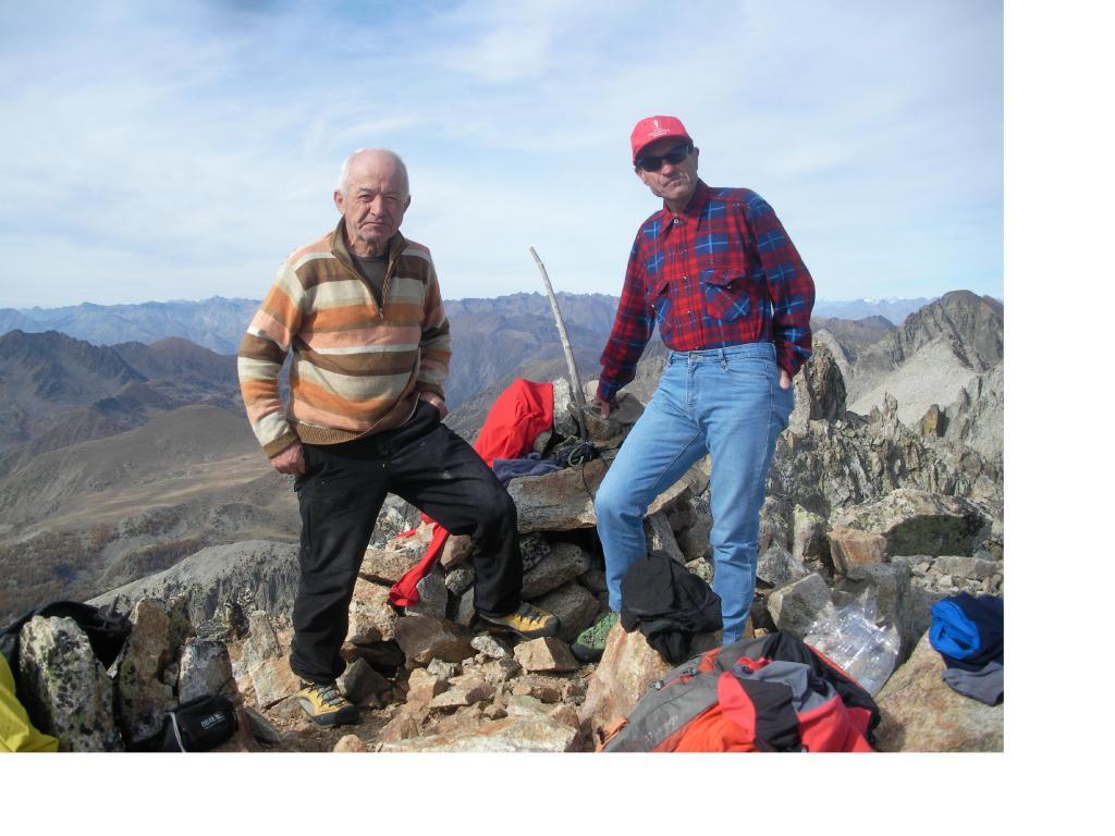 Con il socio Paolo..sulla vetta del Giegn..