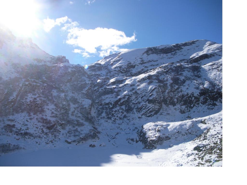 Il Colle di Perascritta..dai pressi dell'Alpe Milone