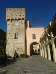 ingresso a Zuccarello
