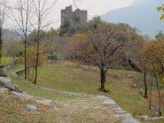 I ruderi del castello di Cesnola