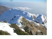 La cresta unente il Truc del Buscajun (in basso a sx), alla P.Tre Vescovi.