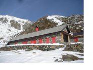 Il Rifugio Arsago Serpio all'Alpe Laghetto..