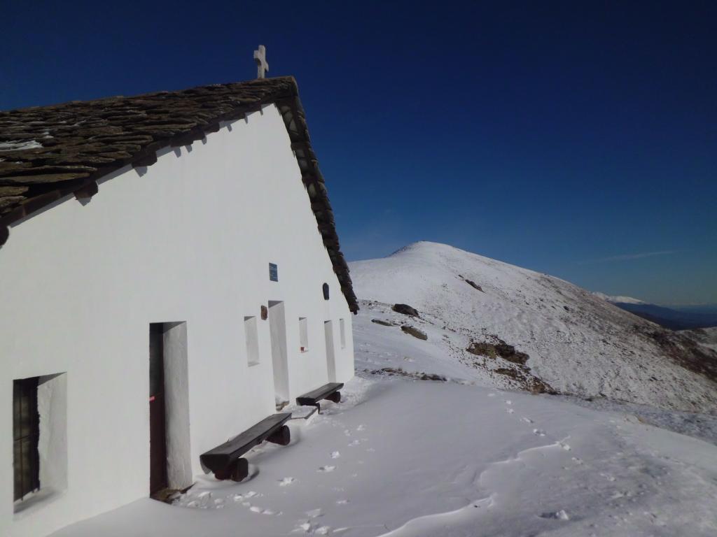 Rifugio san Bernardo e cima Mares