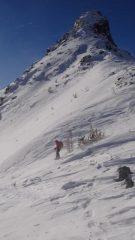 scendendo dal colle ai piedi del monte Torretta