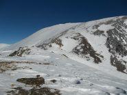 Poca neve in cima ma con una fascia ristretta ben sciabile