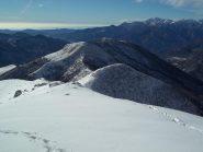 Verso la Val Sesia (al centro la coppia Ostano-Camossaro)