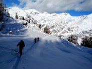 risalita al Crest, sullo sfondo il Col Gragliasca