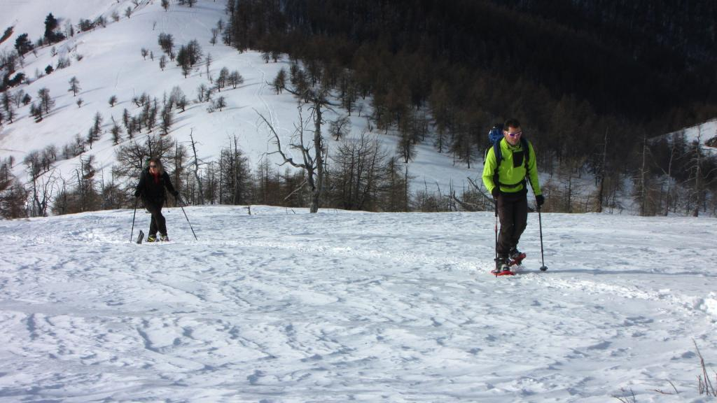 salendo per il crestone SO del Monte Birrone...05 (22-12-2012)