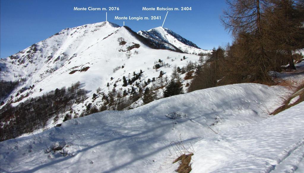 visuale verso il Colle Birrone e cime limitrofe (22-12-2012)