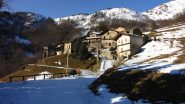 la Borgata Chesta, altro possibile punto di partenza per salire il Birrone (22-12-2012)