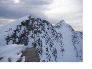 La cresta che dalla Cima delle Fontane porta alla Rosa dei Banchi..al fondo a dx..