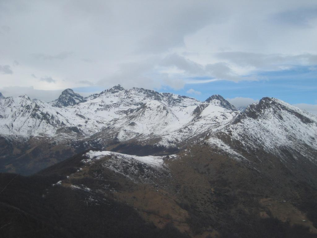Ovarda e conca dei Tornetti quasi senza neve