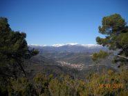 sul versante opposto la valle del Lerrone